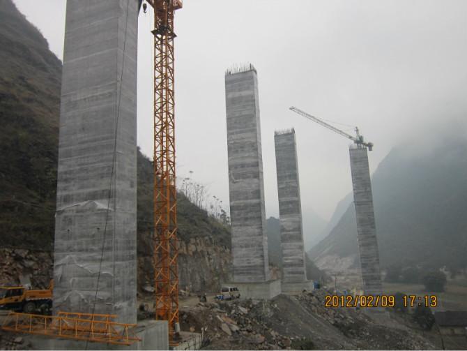 桥墩柱滑模施工工程展示